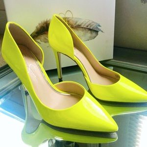 Jessica Simpson YELLOW SHOCK PATENT PUMPS